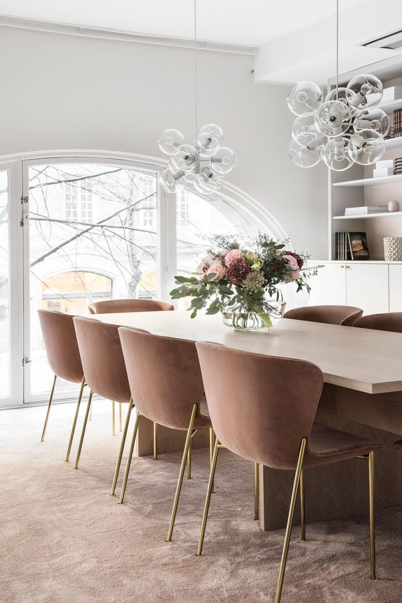 Taking Inspiration From this Stockholm Office with a Feminine Elegance