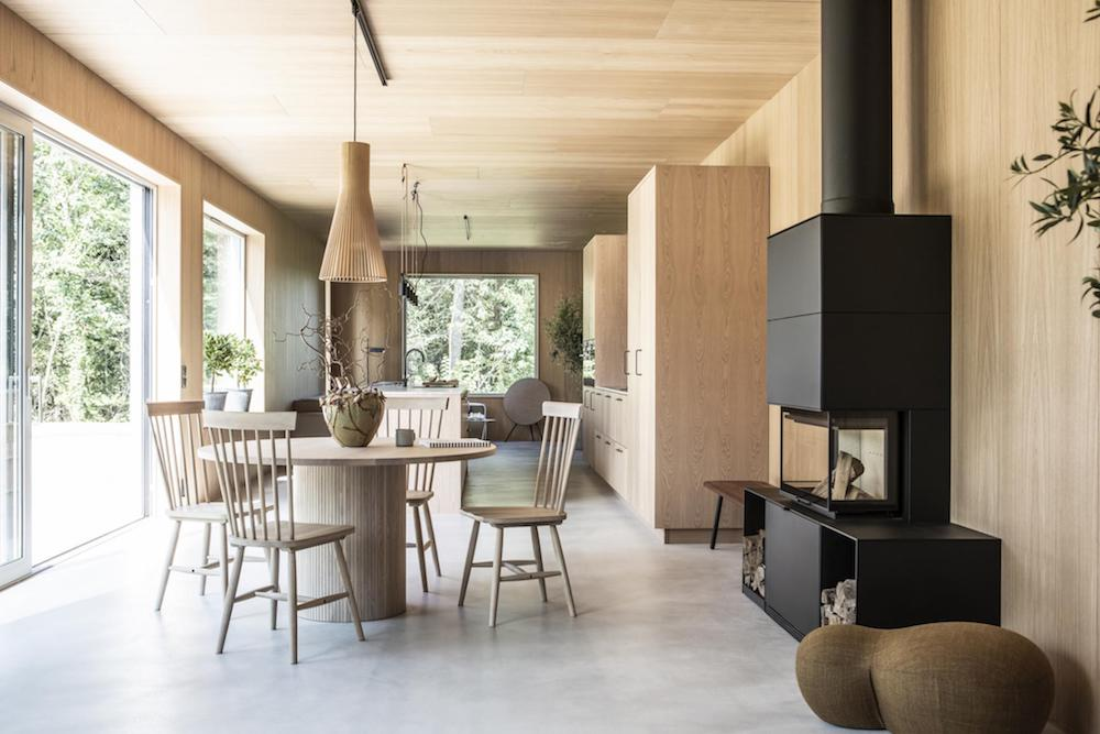 stunning scandinavian interior design | Tour a Modern, Warm and Minimal Scandinavian Home ...