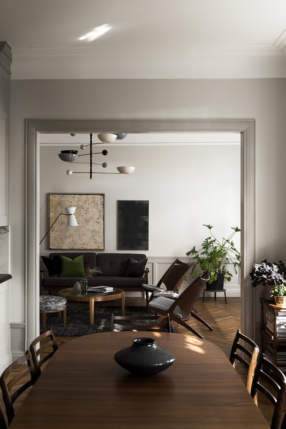 When Mid Century Modern Meets Traditional With An Eclectic Flair Nordic Design