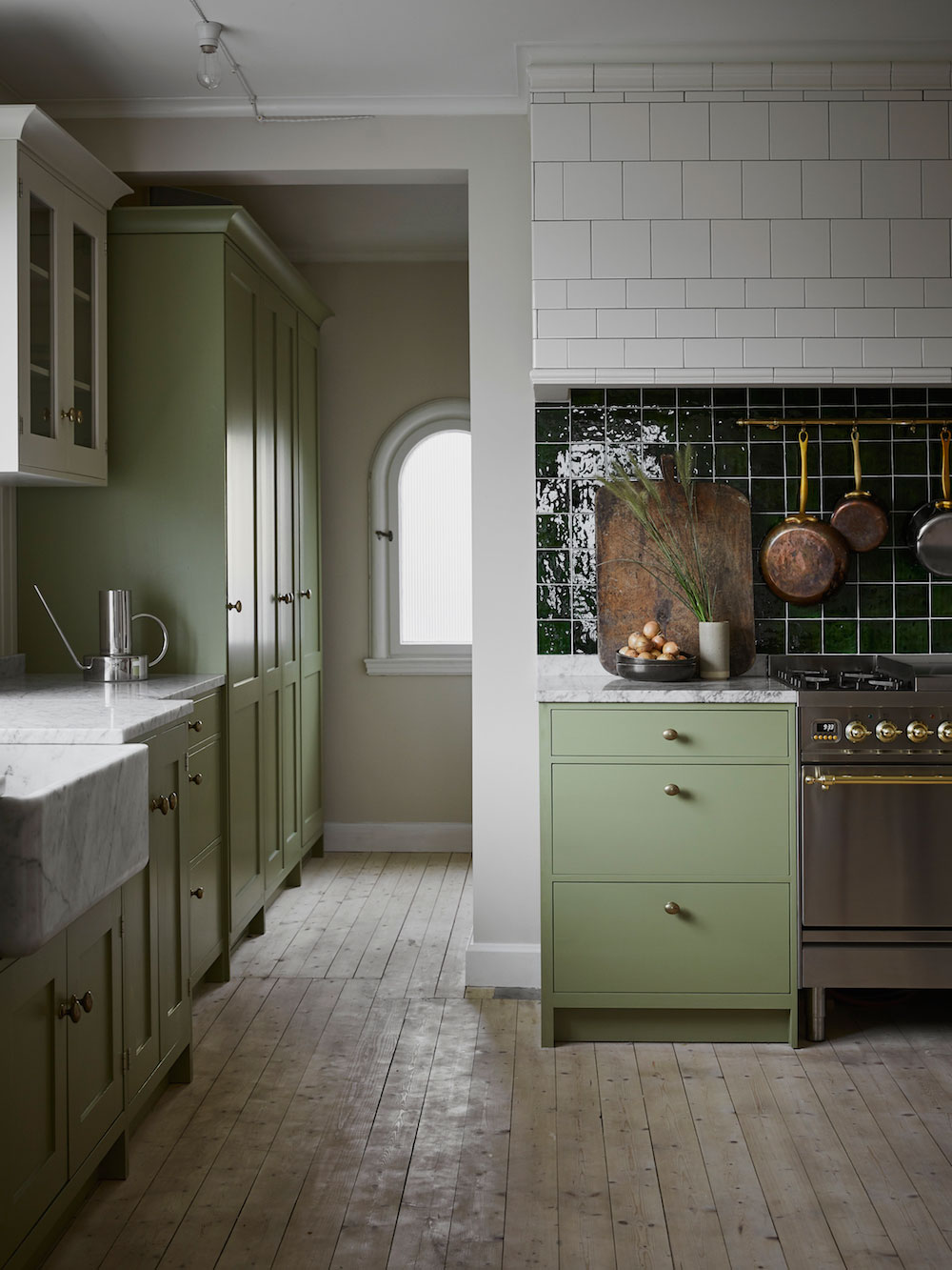 Traditional Country Chic Kitchens The Swedish Way Nordic Design